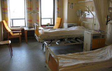 For å dekke disse skattekuttene har regjeringen blant annet måttet bryte løftet om sykehusbevilgninger