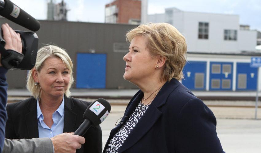 Statsminister Erna Solberg og næringsminister Monica Mæland
